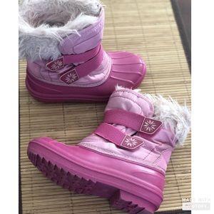 Pink fur snow boots Circo